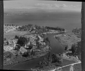 Taupo, showing houses and looking out to the Lake