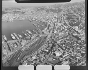 Wellington city, showing railways and shipping
