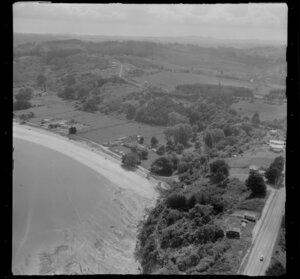 Arkles Bay, Auckland, showing beach