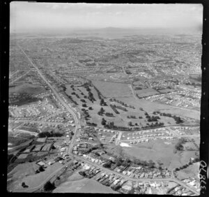 Mount Roskill, Auckland, including Keith Hay Park