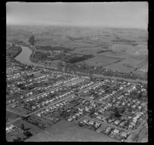 Wanganui, Aramoho, showing Lewis and Caffrey and Roberts Avenues, and Cumbrae Place, with the Wanganui River and farmland beyond