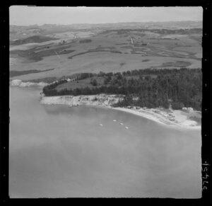 Shelly Beach, Kaipara harbour, Auckland, coastal view inland