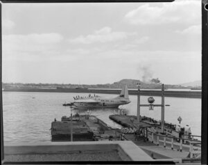 Tasman Empire Airways Ltdl, Solent IV flying boat, Ararangi, ZK-AMM, under tow, pontoon, Auckland