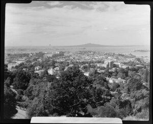 Mount Eden, Auckland, from Summit showing Rangitoto Island
