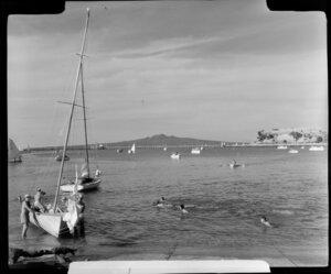 Yachting at Okahu Bay, Auckland, showing Rangitoto Island