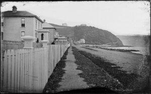 Oriental Bay, Wellington, looking along row of houses towards Oriental Terrace