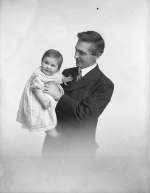 Basil Maples Taylor with an infant (his daughter Edith Gabriel Taylor?)