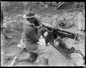Gun captured by New Zealand soldiers at Messines, Belgium