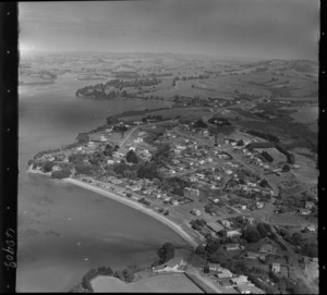 Beachlands, Auckland, includes housing, roads, township shoreline and farmland