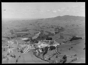 Construction of the Karapiro hydroelectric power station, including the Waikato River, Karapiro, Waikato