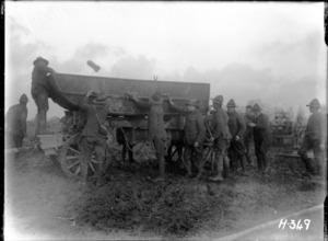 World War I New Zealand engineers loading a pontoon, Chateau Segard, Belgium