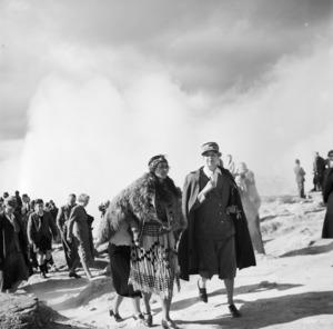 Rangitiaria Dennan and Eleanor Roosevelt