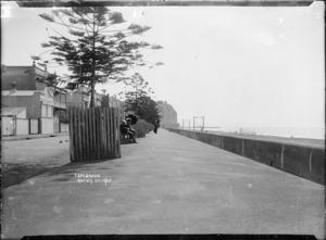 The Esplanade (Marine Parade) at Napier