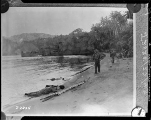 New Zealand 8 Brigade land on the Treasury Islands during World War II - Photograph taken by Chief Petty Officer Spencer, United States Navy