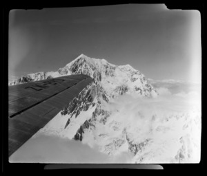 View from South Pacific Airlines of New Zealand (SPANZ) plane flying over Aoraki/ Mount Cook, Mackenzie District, Canterbury Region