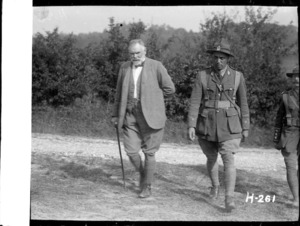 Sir Thomas MacKenzie with Peter Buck in France during World War I