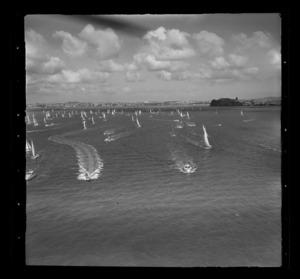 Yachts in Auckland to Suva yacht race, Auckland Harbour
