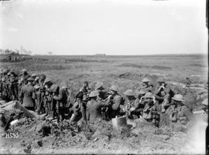 Gas mask inspection of a Wellington Regiment, France