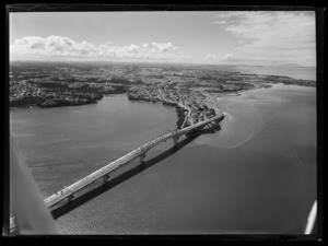Northcote, with Auckland Harbour Bridge in the background