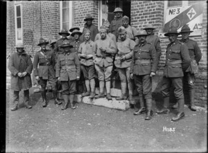 New Zealand and French soldiers at the No. 3 New Zealand Field Ambulance, World War I