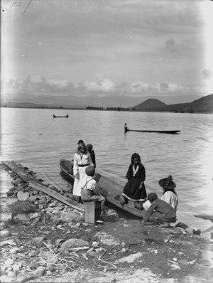 Children with canoes on Lake Taupo