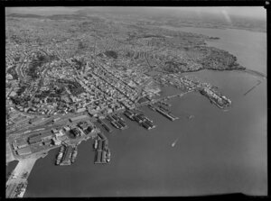 Auckland City with wharf area and Waitemata Harbour