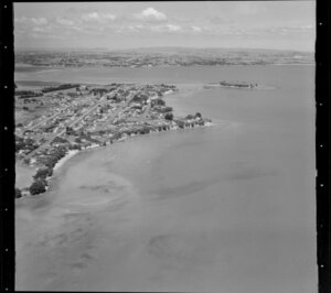 Beachlands, Manukau City, Auckland, including Shelly Bay and Sunkist Bay, looking towards Moutukaraka Island