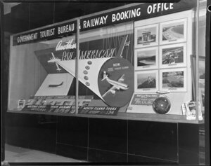 Pan American World Airways, Government Tourist Bureau window display